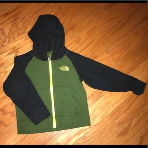 The north face kids boy's fleece jacket size 2t